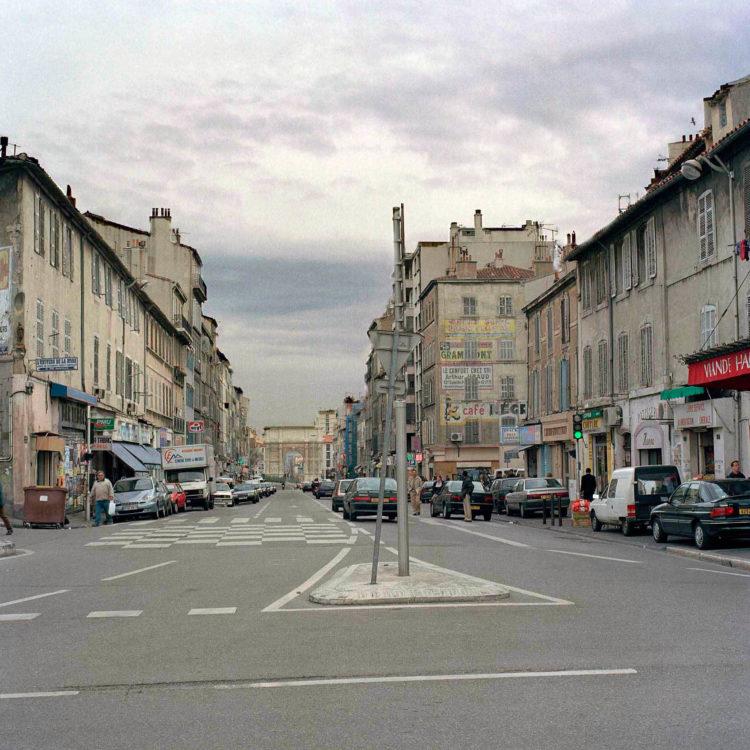 Brigitte Bauer | Euroméditerranée | 2002-2003 | Marseille sans titre n°01, (773-12) 103x103cm FC875 série Euroméditerranée, commande publique 2002-03