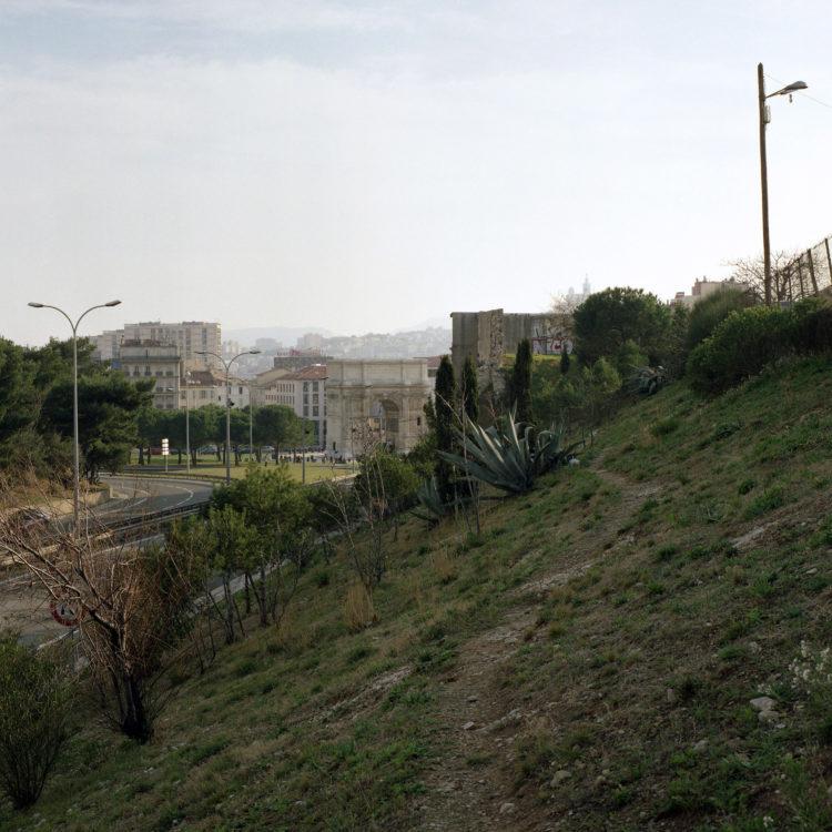 Brigitte Bauer | Euroméditerranée | 2002-2003 | Marseille, sans titre n°03, (761-04), 103x103cm FC875 série Euroméditerranée, commande publique 2002-03