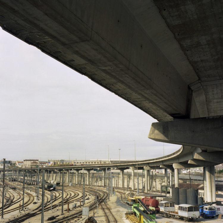 Brigitte Bauer | Euroméditerranée | 2002-2003 | Marseille sans titre n°04, (777-08), 83x83cm FC876 série Euroméditerranée, commande publique 2002-03