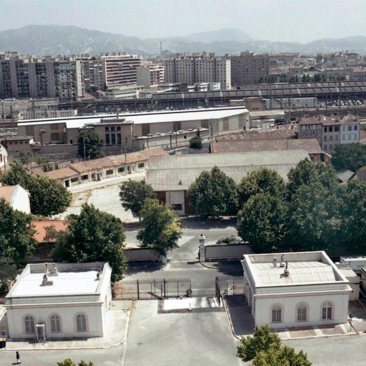 Brigitte Bauer | Euroméditerranée | 2002-2003 | Marseille sans titre n°09, (877-08), 40x40cm FC912 série Euroméditerranée, commande publique 2002-03