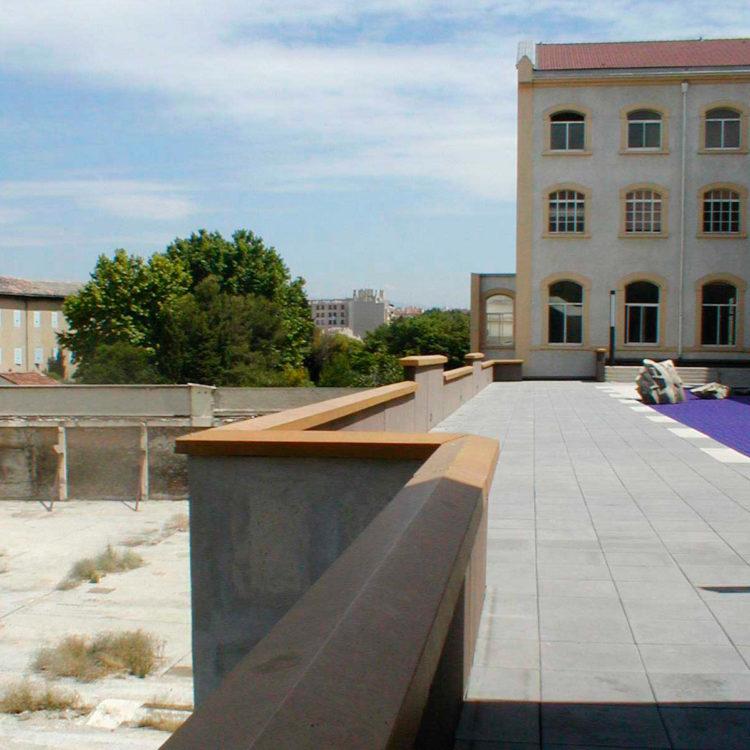 Brigitte Bauer | Euroméditerranée | 2002-2003 | Marseille sans titre n°12, (882-13), 40x40cm FC912 série Euroméditerranée, commande publique 2002-03
