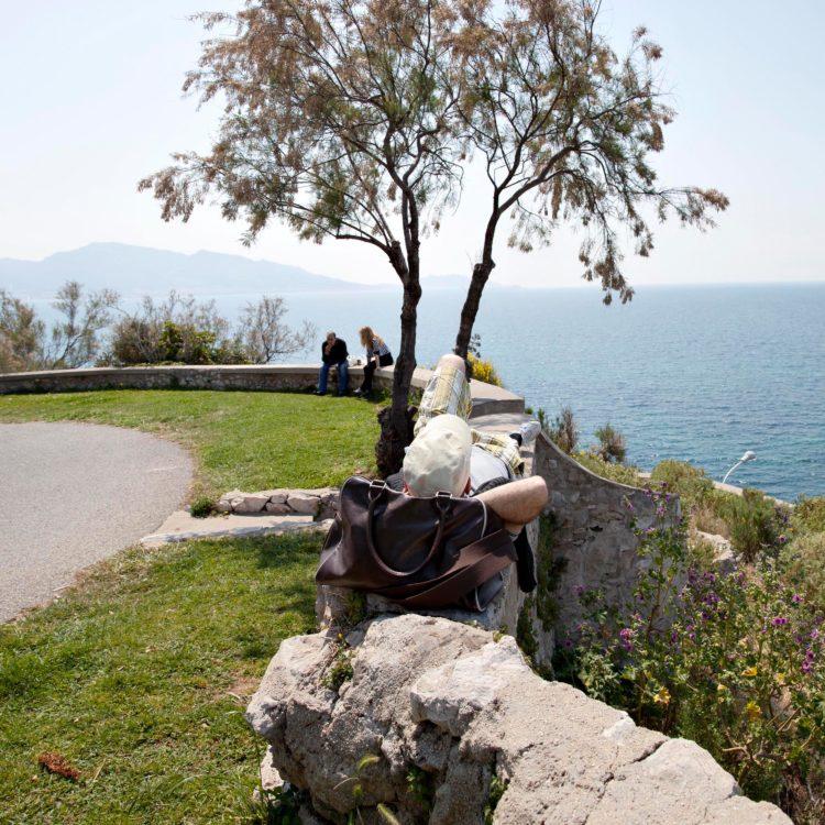 Brigitte Bauer | Aller aux jardins | 2010-2011 | Marseille, parc Valmer, série Aller aux Jardins 2010-11, réalisée dans le cadre du programme Images Contemporaines/Patrimoine du CG13