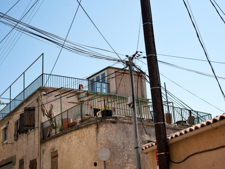 Giacomo Furlanetto | Caravan | 2013 | Sur le GR2013, étape 12 - 14 juin 2013 - Marseille - de Saint Antoine au Vieux-Port.