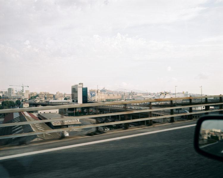 Cyrille Weiner | Les longs murs | 2004 | viaduc autoroutier du littoral