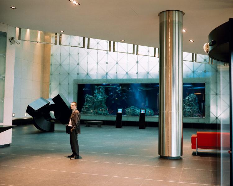 Cyrille Weiner | Les longs murs | 2004 | siege social CMA-CGM