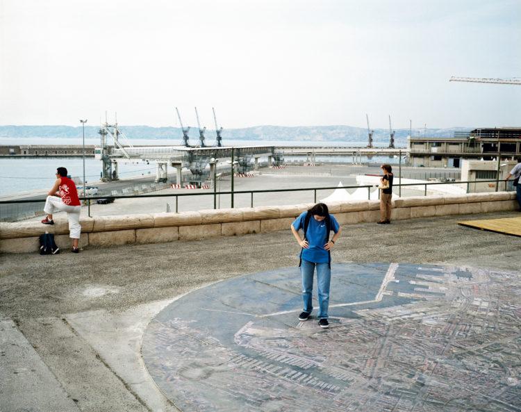 Cyrille Weiner | Les longs murs | 2004 | Place de la Major
