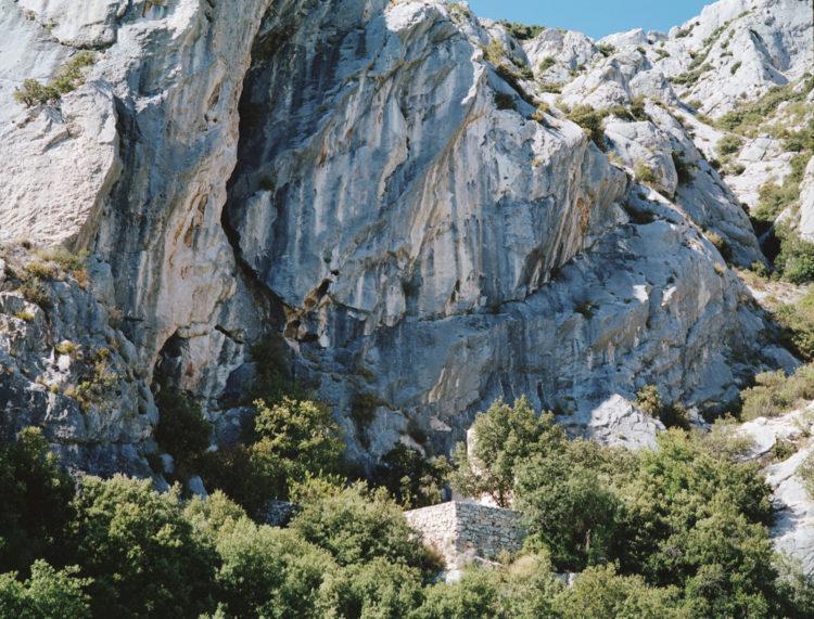 Julien Marchand | From the wasteland | 2015-2019 | rocher, massif de la Sainte Victoire.