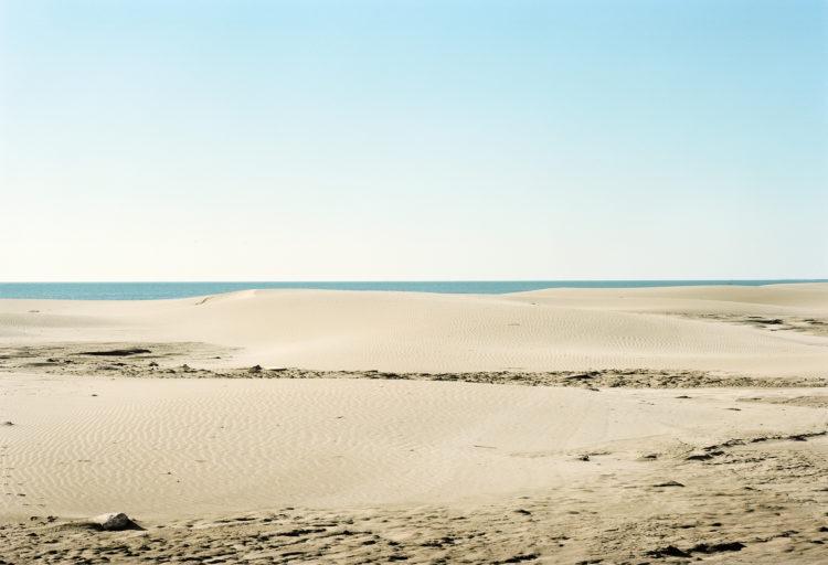 Thibaut Cuisset | Le pays clair, Camargue | 2011-2012 | Plage de Piémanson, Salin-de-Giraud, Arles. 2012