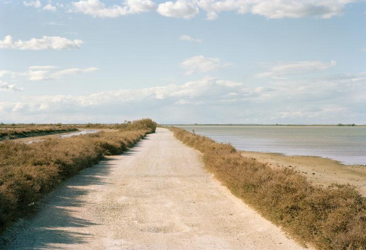 Thibaut Cuisset | Le pays clair, Camargue | 2011-2012 | Les Enfores de la Vignolle, Saintes-Maries-de-la-Mer. 2011