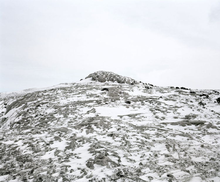 Éric Bourret | Sainte-Victoire, Sainte-Baume, Alpilles, le temps de la marche. | 2011-2013