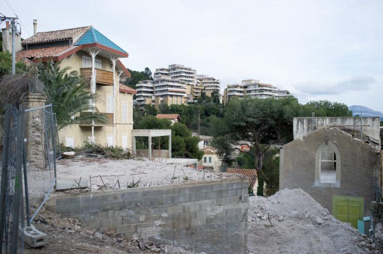 Anne Loubet | Marseille les collines | 2006-2020 | AU 80 TRAVERSE NICOLAS UNE RENOVATION DE  BASTIDE AVEC VUE SUR LA RESIDENCE LES ALPILLES, QUARTIER DU ROUCAS BLANC, MARSEILLE 7