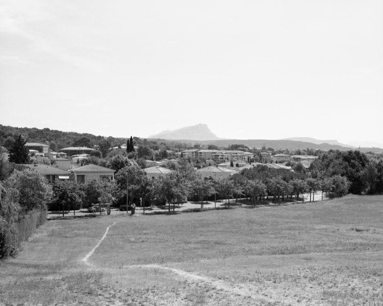 Sylvain Maestraggi | Autour d'Aix-en-Provence | 2012-2020 | Avenue de la Brédasque, été 2015