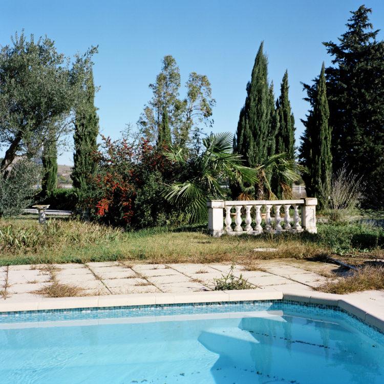 Sylvain Maestraggi | Suite départementale | 2012-2014 | Marchand de piscines, Ventabren, 2012