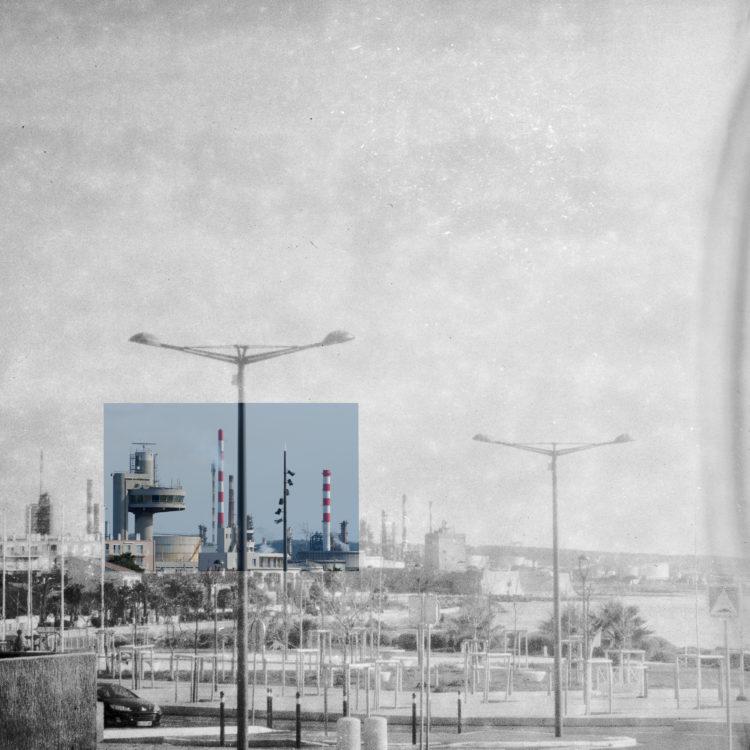 Martial Verdier | Port-de-Bouc 150 ans – Archéologie d'une poétique de Port-de-Bouc | 2014-2016 | Port-de-Bouc La tour de vigie, La capitainerie et Lavera depuis le Cap d'Aiguades