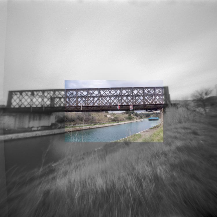Martial Verdier | Port-de-Bouc 150 ans – Archéologie d'une poétique de Port-de-Bouc | 2014-2016 | Port-de-Bouc Le Pont du Roi la Baumasse,  sur le canal d'Arles à Bouc
