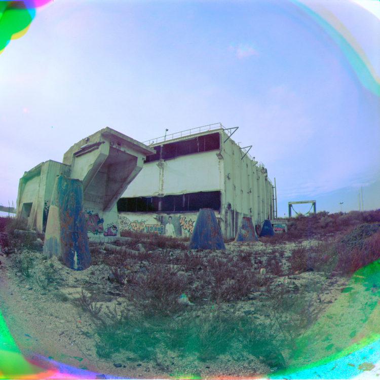 Martial Verdier | Port-de-Bouc 150 ans – Archéologie d'une poétique de Port-de-Bouc | 2014-2016 | Azur Chimie, le dernier fourPort-de-BoucTrichromie