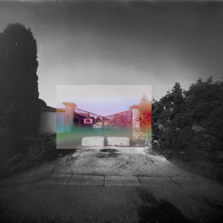 Martial Verdier | Port-de-Bouc 150 ans – Archéologie d'une poétique de Port-de-Bouc | 2014-2016 | Port-de-Bouc  Behind the green door, Chateau Vidal
