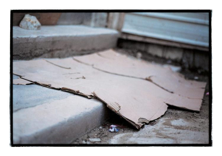 Vincent Bonnet | Des concertations (les mains sur la ville) | 2002-2004 | Seuil du trente rue du Baignoir | Chantier de l'alcazar (BMVR) | Z.P.P.A.U.P. et P.R.I. | Centre Ville Belsunce | 07/2001