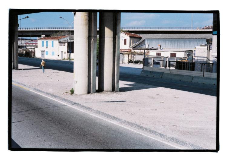 Vincent Bonnet | Des concertations (les mains sur la ville) | 2002-2004 | Quai d'Arenc | Lieu de construction de la tour de la CMA CGM | À droite Mirabeau II | Périmètre Euroméditerranée | 04/2002