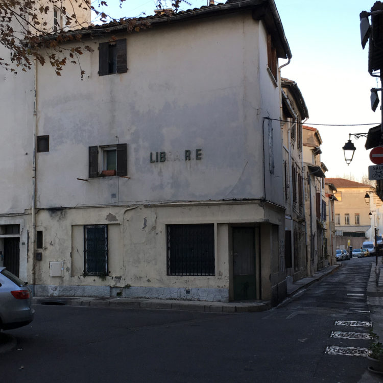 Suzanne Hetzel   7 saisons en Camargue   2013-2016   Place Voltaire, Arles