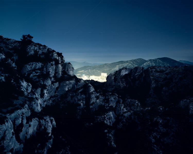 Olivier Monge | Montagne urbaine | 2014 | Olivier Monge/MYOP, Montagne Urbaine,Marseilleveyre vers la Rouvière, 2014